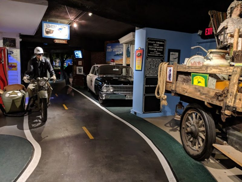 visit the gatlinburg car museum