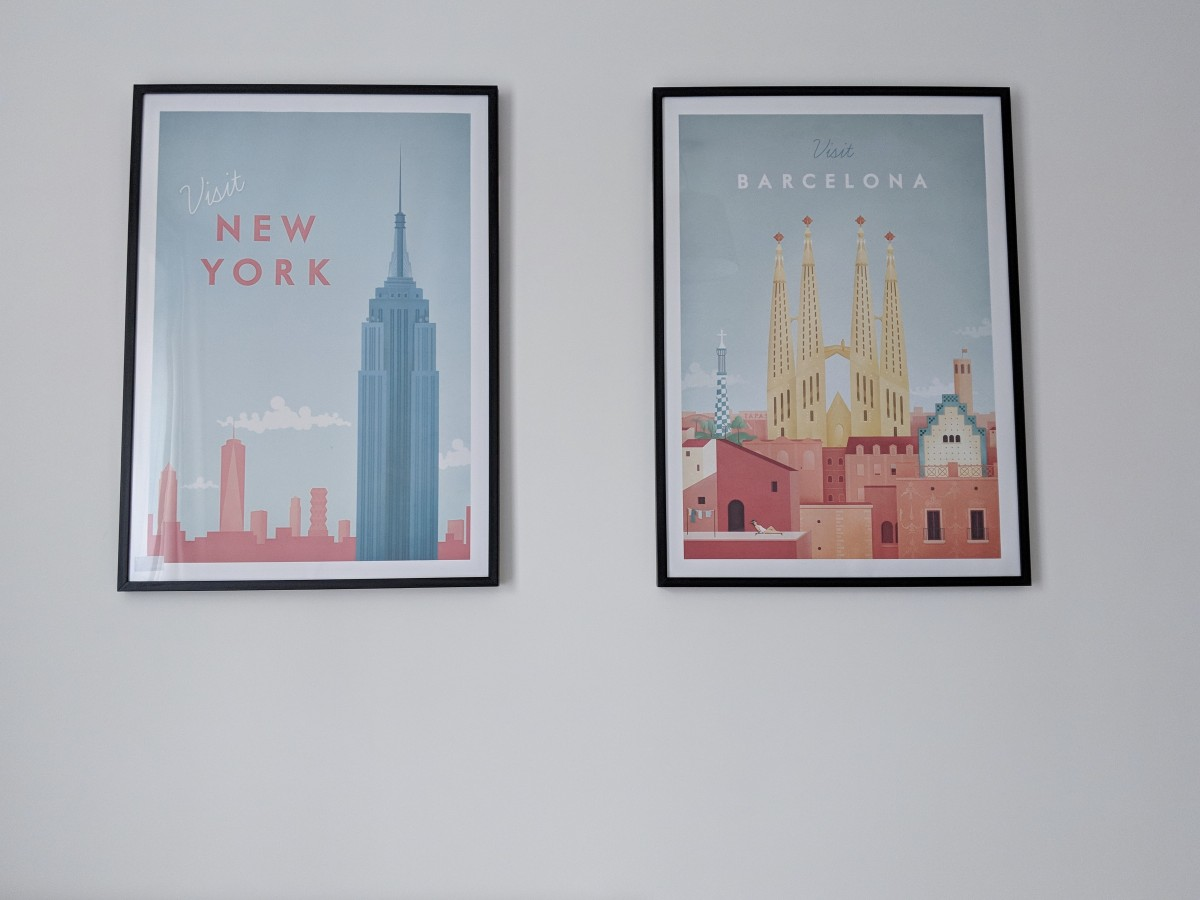The 'New York Travel' and 'Barcelona Travel' poster from Desenio