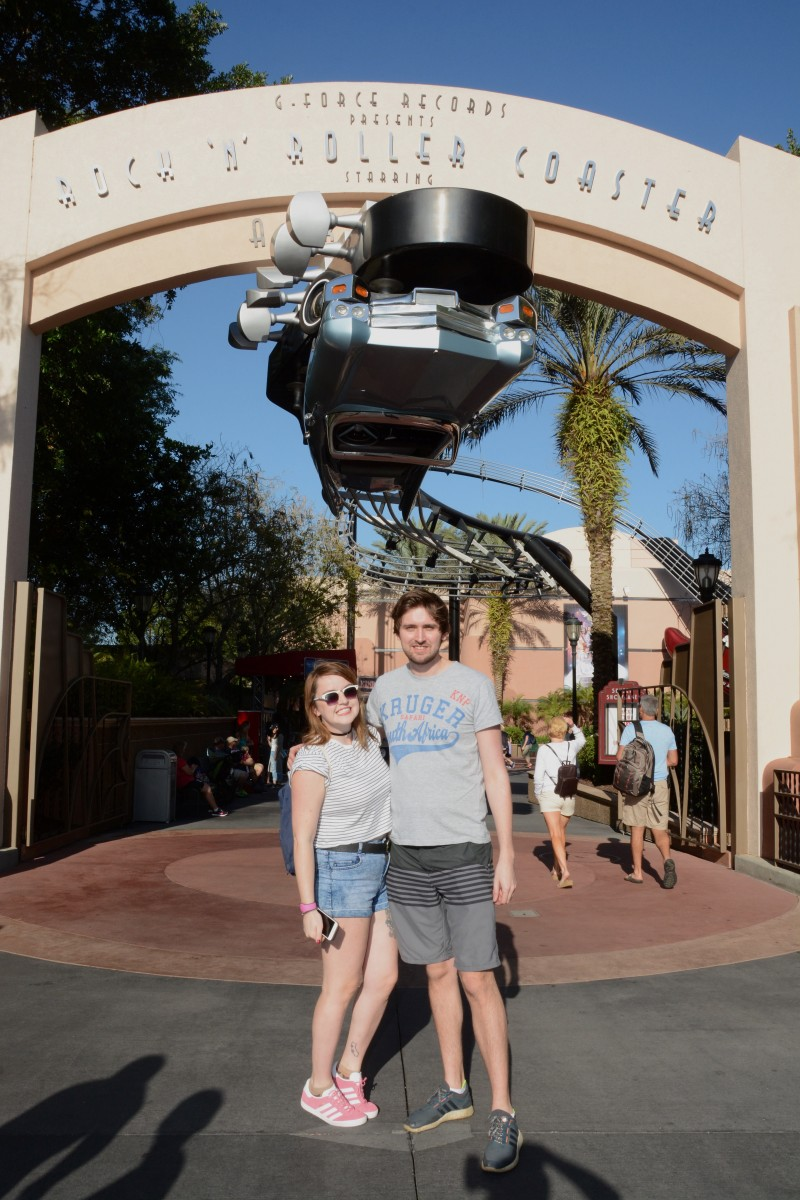 disney world memory maker photo in hollywood studios