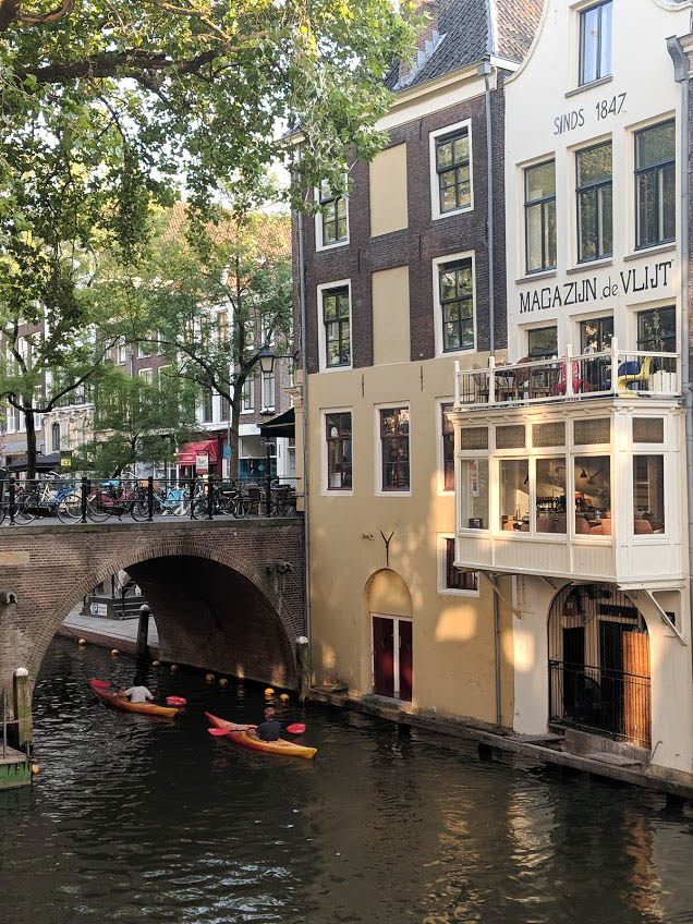 canoe down the canals in utrecht