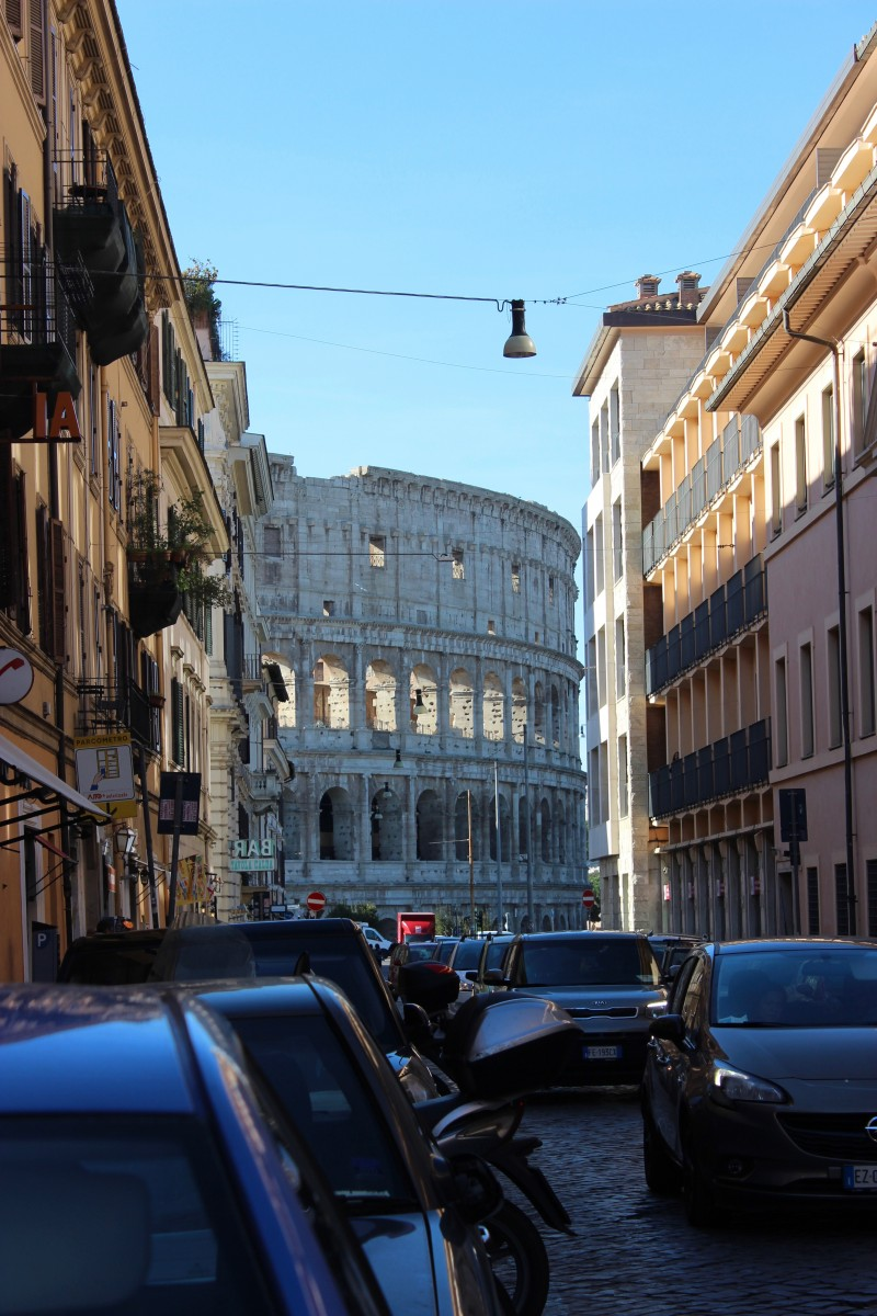 the colosseum in rome is a must for a weekend rome itinerary