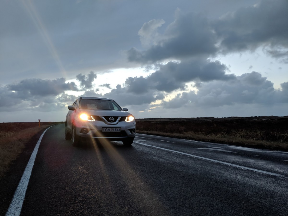4 x4 nissan x trail driving in iceland