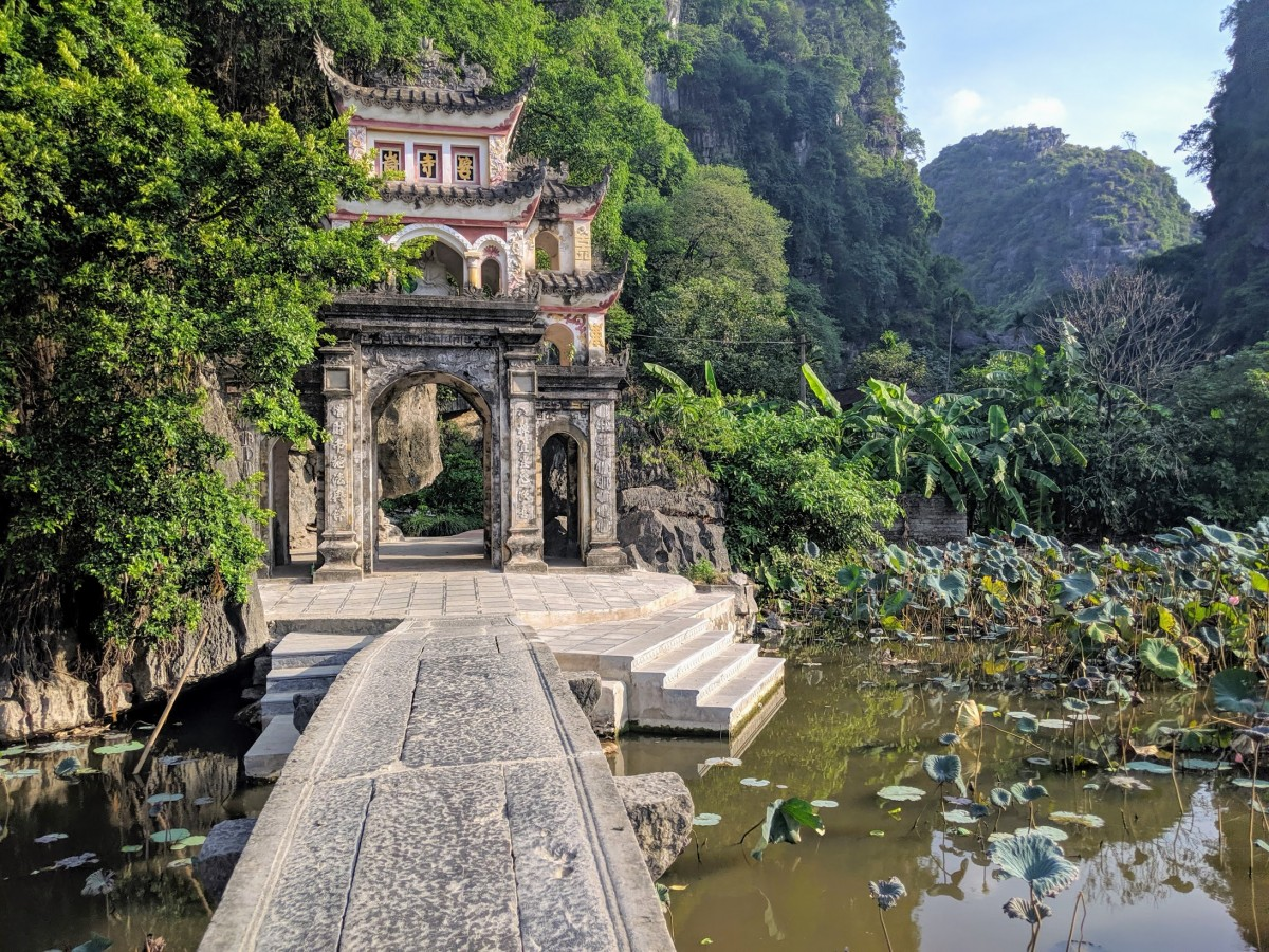bich dong pagoda, one of the popular things to do in ninh binh