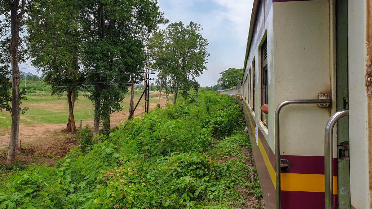 kanchanaburi_train