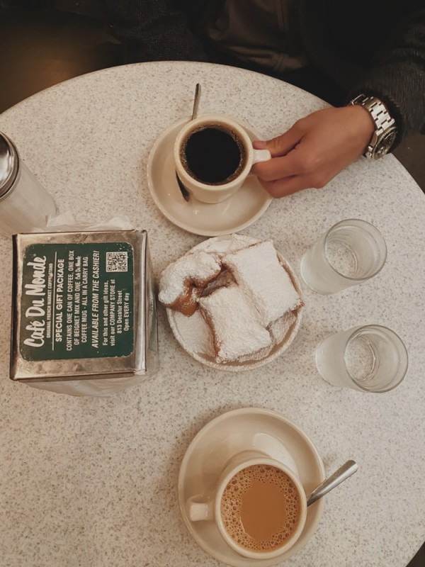 beignets from cafe du monde should not be avoided in new orleans